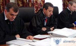 Как выбрать адвоката по уголовным делам